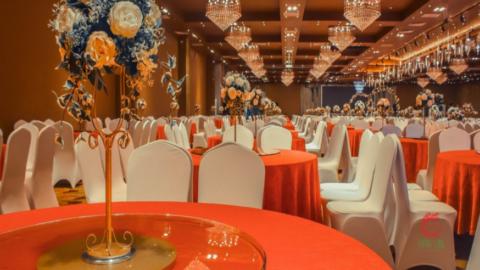 Chọn không gian tổ chức tiệc cuối năm phù hợp