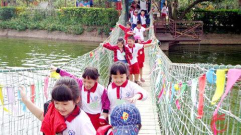 Tổ chức sự kiện trong nhà và ngoài trời cho trẻ em