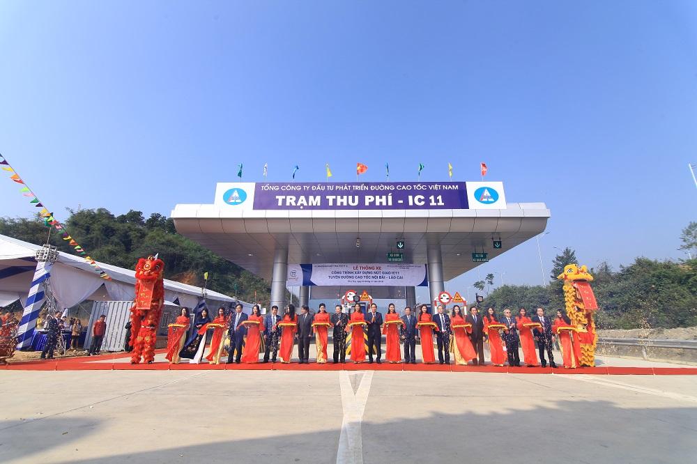 to-chuc-le-thong-xe-cong-trinh-xay-dung-Nut-Giao-IC-11 Cao-Toc-noi-bai-lao-cai (17)