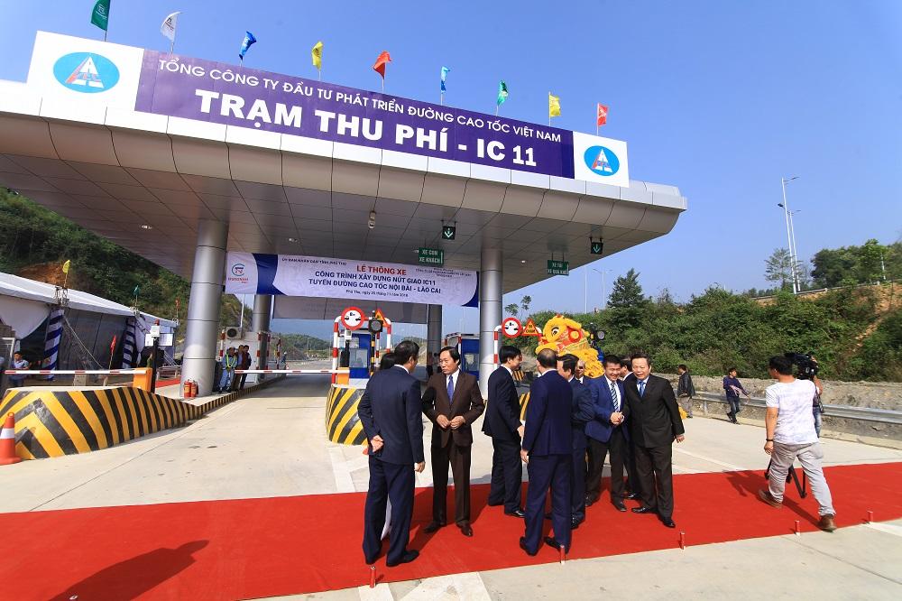 to-chuc-le-thong-xe-cong-trinh-xay-dung-Nut-Giao-IC-11 Cao-Toc-noi-bai-lao-cai (18)