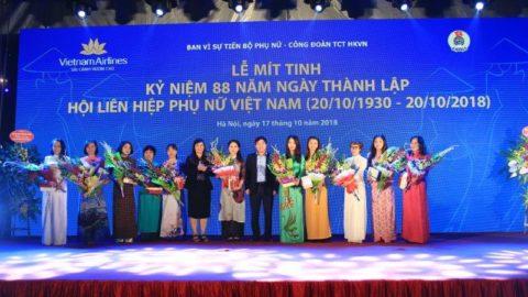 Vietnam Airlines Kỷ Niệm 88 Năm Thành Lập Hội Liên Hiệp Phụ Nữ Việt Nam